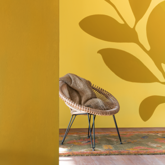 dekorationsmålning växt gul vägg fåtölj